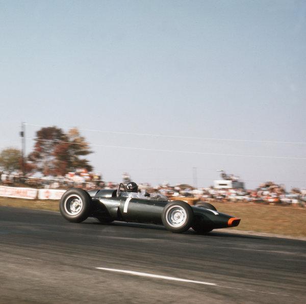 Watkins Glen, New York, USA.4-6 October 1963.Graham Hill (BRM P57) 1st position.Ref-3/1042.World Copyright - LAT Photographic