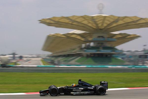 2001 Malaysian Grand Prix.Sepang, Kuala Lumpur, Malaysia.16-18 March 2001.Tarso Marques (Minardi PS01 European).World Copyright - LAT PhotographicRef-8 9MB Digital