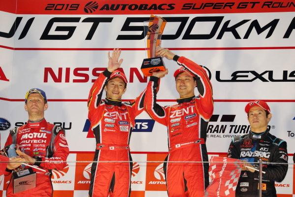 GT500 winners Yuji Tachikawa & Hiroaki Ishiura, ZENT CERUMO LEXUS LC500, celebrate on the podium