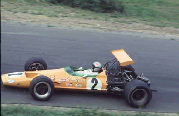 1968 Canadian Grand Prix.Mont-Tremblant, (St. Jovite), Quebec, Canada.20-22 September 1968.Bruce McLaren (McLaren M7A Ford) 2nd position.Ref-68 CAN 21.World Copyright - LAT Photographic