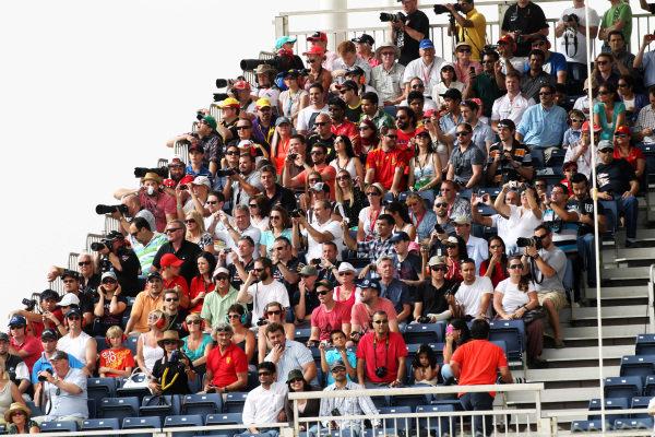 Fans. Formula One World Championship, Rd4, Bahrain Grand Prix, Bahrain International Circuit, Sakhir, Bahrain, Sunday 22 April 2012.
