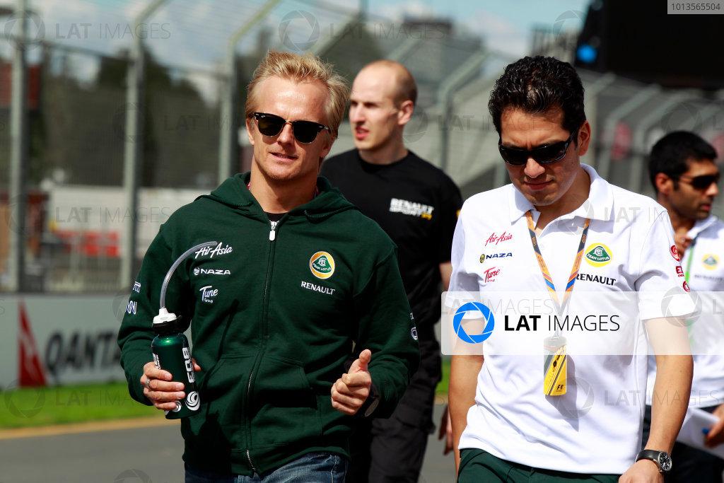 Albert Park, Melbourne, Australia24th March 2011.Heikki Kovalainen, Team Lotus Renault T128.World Copyright: Charles Coates/LAT Photographicref: Digital Image _X5J5126