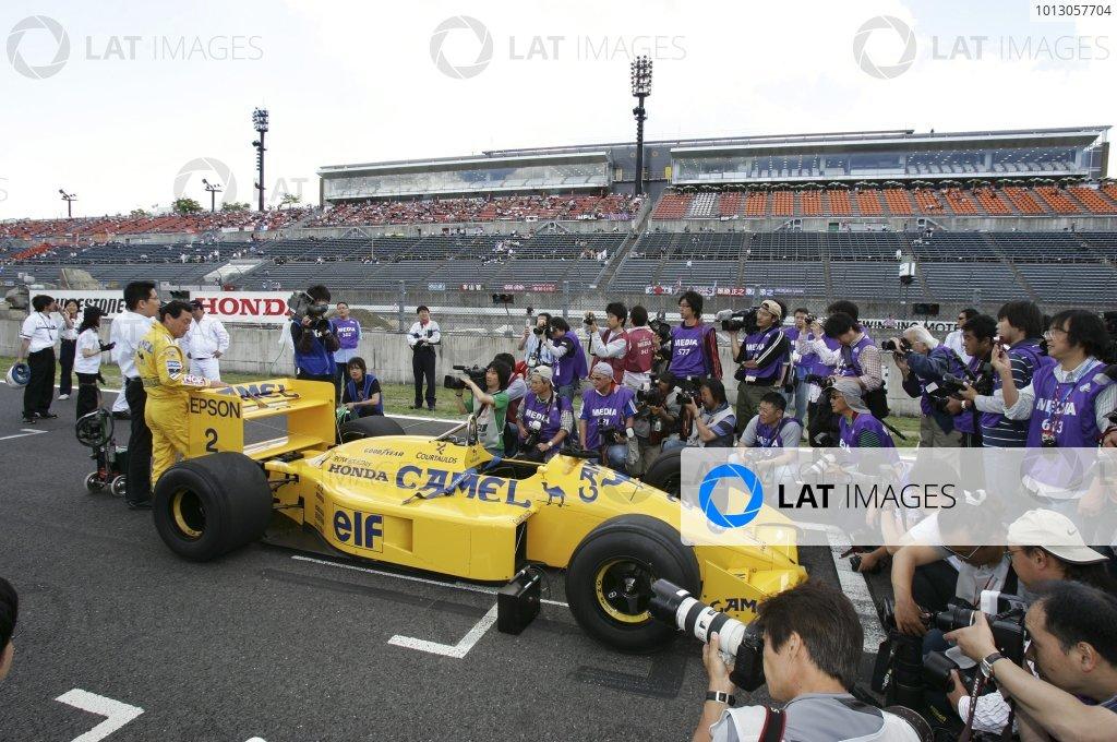 2007 Formula Nippon ChampionshipTwinring Motegi, Japan.19th - 20th May 2007Satoru Nakajima, Lotus Honda 100T, demonstration.World Copyright: Yasushi Ishihara/LAT Photographicref: Digital Image 2007_FN_Rd3_020