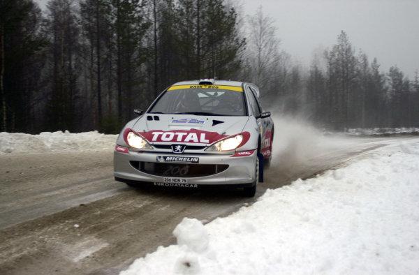 2001 World Rally Championship.   Swedish Rally. 9th - 11th February 2001. Rd 2. Didier Auriol during shakedown. World Copyright: Ralph Hardwick/ LAT Photographic. Ref: Auriol1