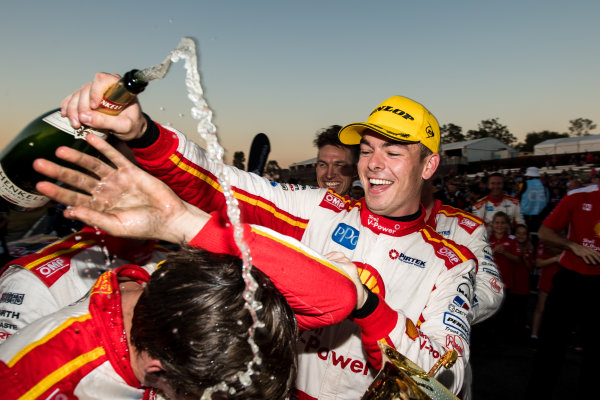 2017 Supercars Championship Round 8.  Ipswich SuperSprint, Queensland Raceway, Queensland, Australia. Friday 28th July to Sunday 30th July 2017. Scott McLaughlin, Team Penske Ford.  World Copyright: Daniel Kalisz/ LAT Images Ref: Digital Image 290717_VASCR8_DKIMG_10583.jpg
