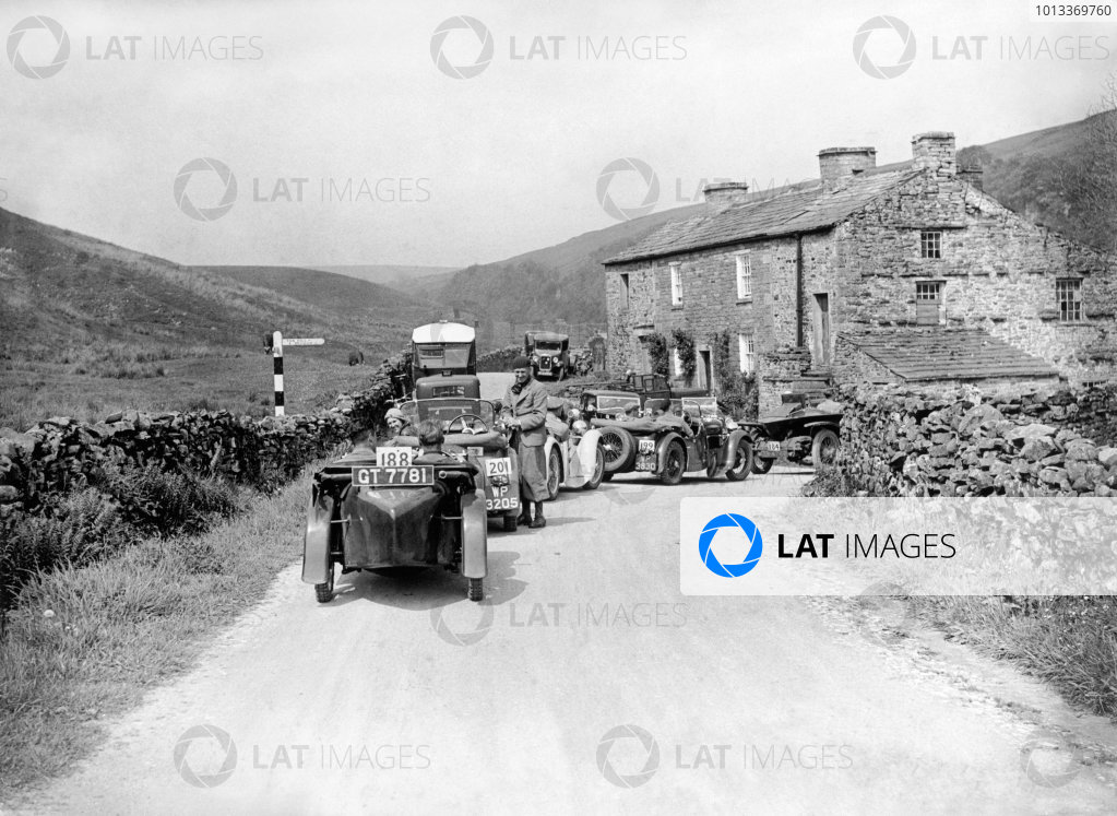 June 1933.