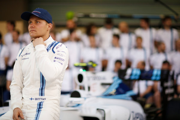 Yas Marina Circuit, Abu Dhabi, United Arab Emirates. Thursday 26 November 2015. Valtteri Bottas, Williams F1. World Copyright: Alastair Staley/LAT Photographic ref: Digital Image _R6T1175