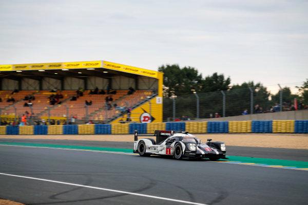 2016 Le Mans 24 Hours. Circuit de la Sarthe, Le Mans, France. Porsche Team / Porsche 919 Hybrid - Timo Bernhard (DEU), Mark Webber (AUS), Brendon Hartley (NZL).   Sunday 19 June 2016 Photo: Adam Warner / LAT ref: Digital Image _L5R6718