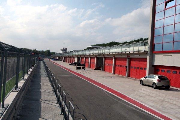 The new Imola pit lane.Imola Track Walk, Imola, San Marino, Thursday 17 September 2009.