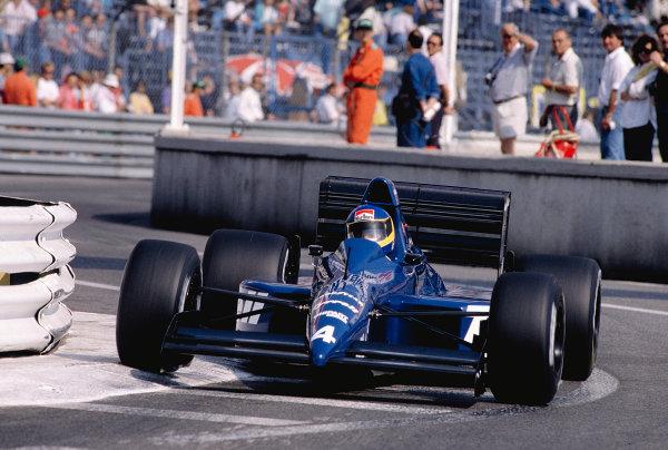 1989 Monaco Grand Prix.Monte Carlo, Monaco.4-7 May 1989.Michele Alboreto (Tyrrell 018 Ford) 5th position.Ref-89 MON 54.World Copyright - LAT Photographic