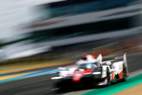 2017 Le Mans 24 Hours Test day, Le Mans, France. 4th June 2017. #8 Toyota Gazoo Racing Toyota TS050-Hybrid: Sebastien Buemi, Anthony Davidson, Kazuki Nakajima. World Copyright: JEP/LAT Images.