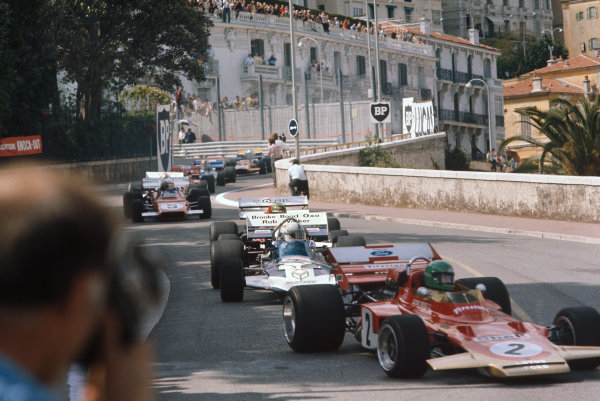 1971 Monaco Grand Prix.  Monte Carlo, Monaco. 20th-23rd May 1971.  Reine Wisell, Lotus 72C Ford, leads John Surtees, Surtees TS9 Ford, and Henri Pescarolo, March 711 Ford.  Ref: 71MON48. World Copyright: LAT Photographic
