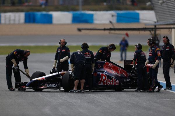 2014 F1 Pre Season Test 1 - Preview Circuito de Jerez, Jerez, Spain. Tuesday 28 January 2014. Jean-Eric Vergne, Toro Rosso STR9 Renault, comes back into the pits. World Copyright: Andrew Ferraro/LAT Photographic. ref: Digital Image _79P0747