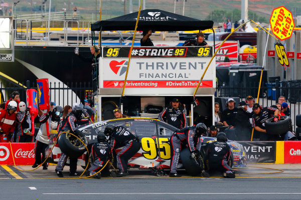 26-29 May, 2016, Concord, North Carolina, USA Michael McDowell, Leavine Family Racing pit stop ?2016, Russell LaBounty LAT Photo USA