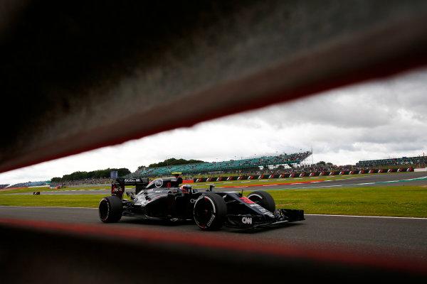 Silverstone, Northamptonshire, UK Friday 08 July 2016. Jenson Button, McLaren MP4-31 Honda. World Copyright: Andy Hone/LAT Photographic ref: Digital Image _ONY7253
