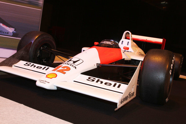 NEC, Birmingham. 12th - 15th January 2012. Ayrton Senna tribute. 1988 McLaren MP4/4 Honda. World Copyright: Kevin Wood/LAT Photographic ref: Digital Image IMG_9569a