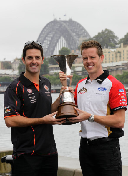 Homebush Street Circuit, Sydney, New South Wales.4th - 5th December 2010.Championship leader James Courtney(R) and current Champion Jamie Whincup  in the lead up to  the Sydney Telstra 500 Grand Finale.World Copyright: Mark Horsburgh/LAT Photographicref: Digital Image V8Supercars00004