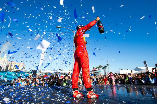 2015/2016 FIA Formula E Championship. Long Beach ePrix, Long Beach, California, United States of America. Sunday 3 April 2016. Lucas Di Grassi (BRA), ABT Audi Sport FE01. Photo: Zak Mauger/LAT/Formula E ref: Digital Image _L0U1837