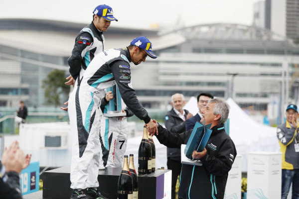 Bandar Alesayi (SAU), Saudi Racing receives his 2nd position trophy on the podium