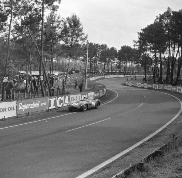 Stirling Moss / Jack Brabham, David Brown Racing, Aston Martin DBR1/300.