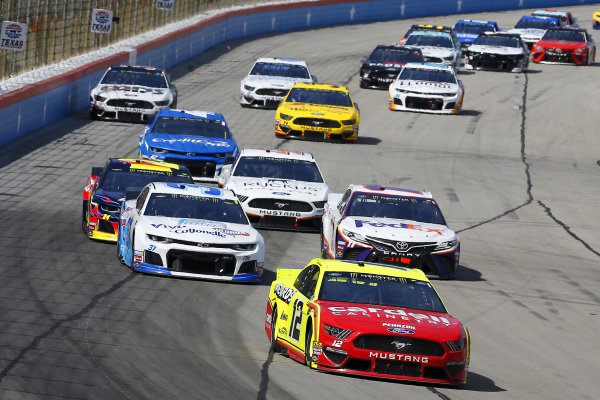 #12: Ryan Blaney, Team Penske, Ford Mustang Menards/Cardell Cabinetry and #37: Chris Buescher, JTG Daugherty Racing, Chevrolet Camaro Kroger Speed Up Your Cleanup