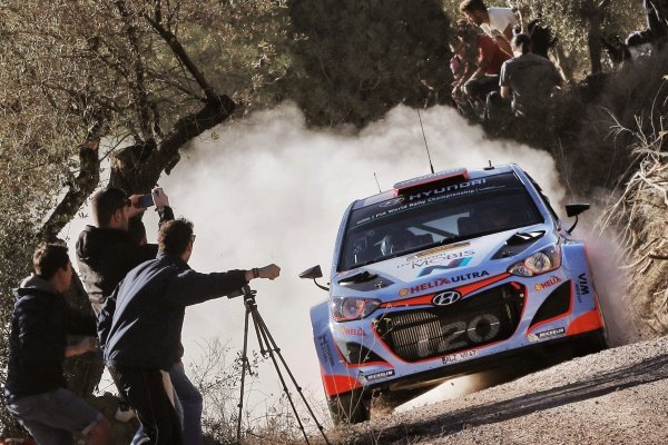Dani Sordo (ESP) / Marc Marti (ESP) Hyundai i20 WRC at FIA World Rally Championship, Rd12, RAAC Rally de Espana, Day One, Costa Daurada, Catalunya, Spain, 23 October 2015.