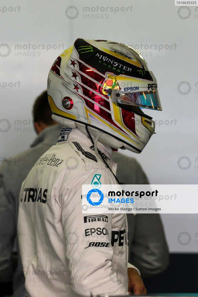 Lewis Hamilton (GBR) Mercedes AMG F1 at Formula One World Championship, Rd19, Mexican Grand Prix, Practice, Circuit Hermanos Rodriguez, Mexico City, Mexico, Friday 28 October 2016.