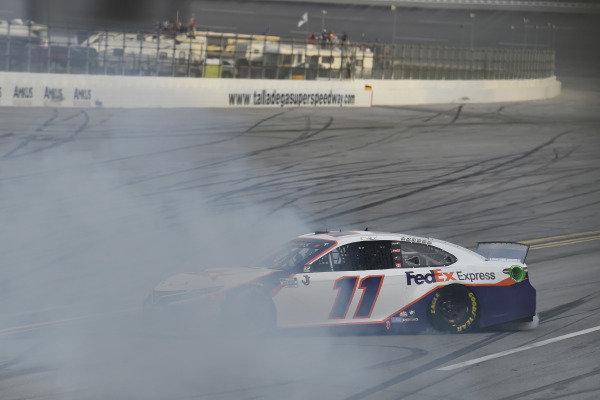 #11: Denny Hamlin, Joe Gibbs Racing, Toyota Camry FedEx Express celebrates his win