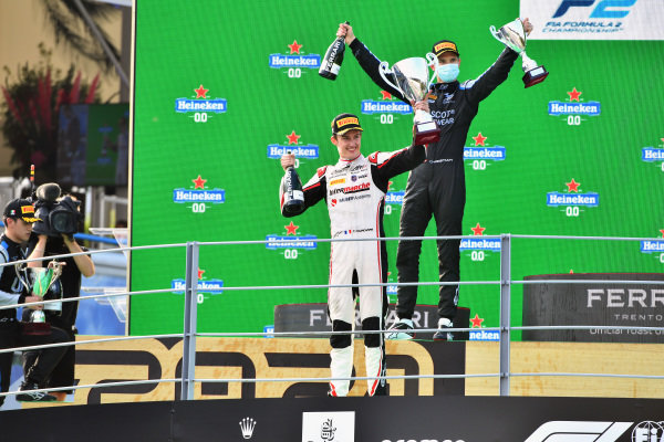Theo Pourchaire (FRA, ART Grand Prix), 1st position, and Christian Lundgaard (DNK, ART Grand Prix), 3rd position, on the podium