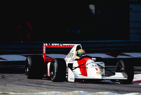 1992 Italian Grand Prix.Monza, Italy. 11-13 September 1992.Ayrton Senna (McLaren MP4/7A Honda) 1st position.Ref-92 ITA 20.World Copyright - LAT Photographic