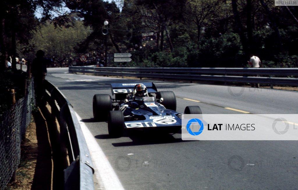 1971 Spanish Grand Prix.Monjuich Park, Barcelona, Spain.16-18 April 1971.Francois Cevert (Tyrrell 002 Ford) 7th position.Ref-71 ESP 17.World Copyright - LAT Photographic