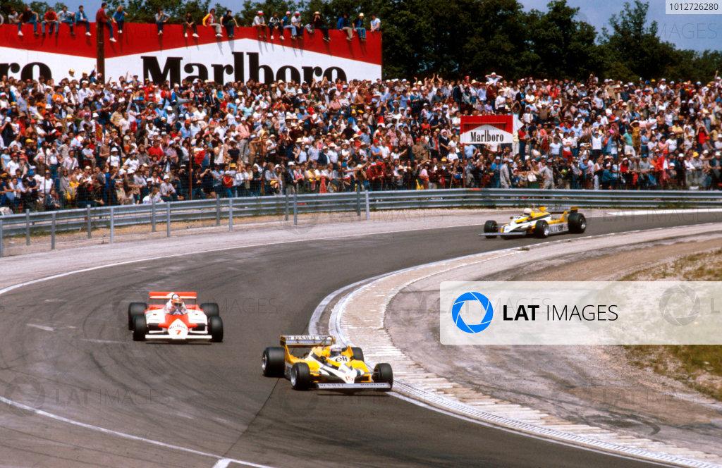 1981 French Grand Prix.Dijon-Prenois, France.3-5 July 1981.Alain Prost (Renault RE30) leads John Watson (McLaren MP4/1 Ford) and Rene Arnoux (Renault RE30). Ref-81 FRA 10.World Copyright - LAT Photographic