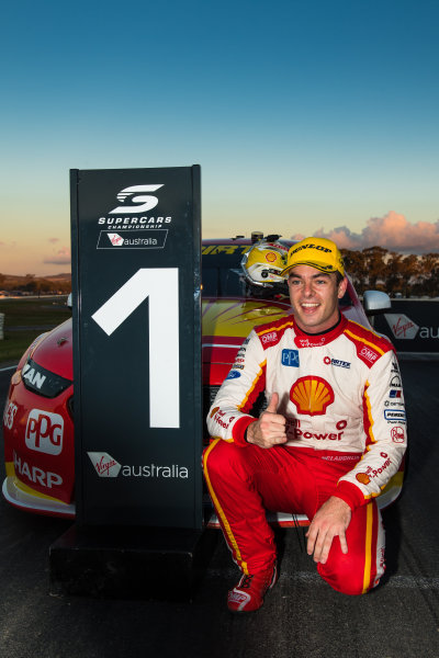 2017 Supercars Championship Round 5.  Winton SuperSprint, Winton Raceway, Victoria, Australia. Friday May 19th to Sunday May 21st 2017. Scott McLaughlin driver of the #17 Shell V-Power Racing Team Ford Falcon FGX. World Copyright: Daniel Kalisz/LAT Images Ref: Digital Image 200517_VASCR5_DKIMG_6077.JPG