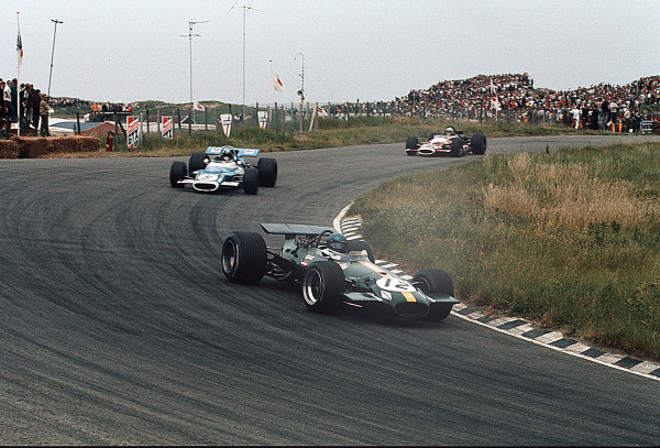 Zandvoort, Holland.19-21 June 1969.Jacky Ickx (Brabham BT26A Ford) leads Jean-Pierre Beltoise (Matra MS80 Ford). They finished in 5th and 8th positions respectively.Ref-35mm 69 HOL 27.World Copyright - LAT Photographic