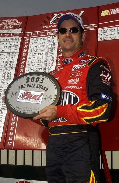2003 NASCAR-Sharpie 500. Bristol Tenn USA,Aug 22-23,Jeff Gordon wins the pole,World Copyright -RobertLeSieur ,July,2003LAT Photographic-ref: digital image