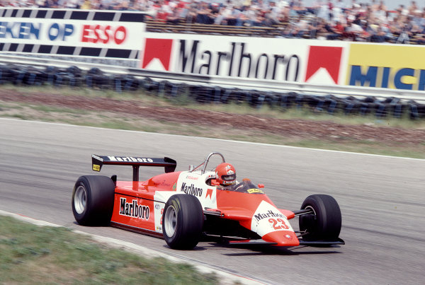 1982 Dutch Grand Prix.Zandvoort, Holland.1-3 July 1982.Bruno Giacomelli (Alfa Romeo 182) 11th position.Ref-82 HOL 67.World Copyright - LAT Photographic