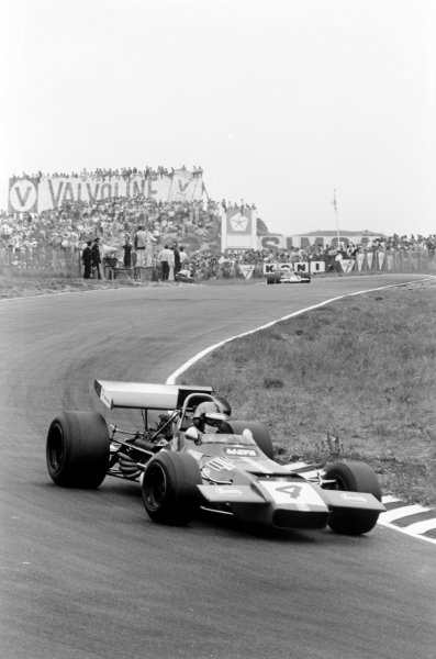 Zandvoort, Holland. 19th - 21st June 1970.Piers Courage (De Tomaso 505/38-Ford Cosworth), retired Tragically Courage suffered a fatal accident during the race, action.World Copyright: LAT Photographic.Ref: 3160 - 2A-3.