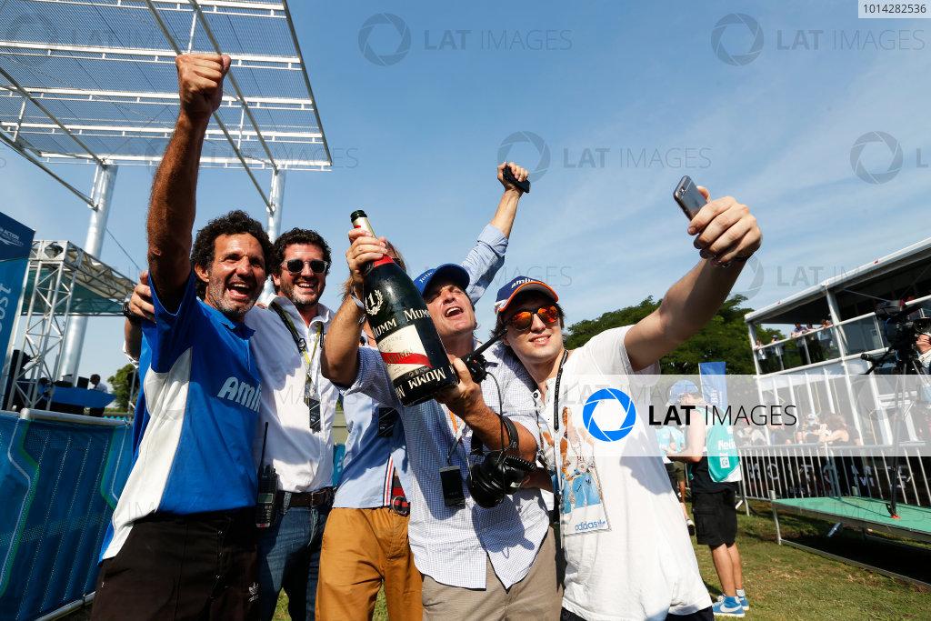2014 Formula E  Buenos Aires e-Prix, Argentina Saturday 10 January 2015. Amlin celebrate win Photo: Sam Bloxham/LAT/Formula E ref: Digital Image _14P8450