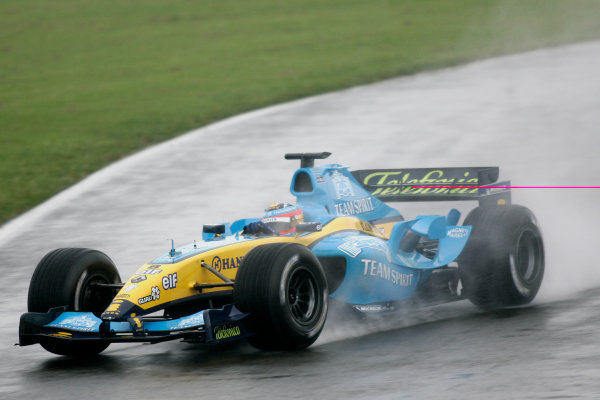 2004 Formula One TestingSilverstone, England. 1st June 2004.Fernando Alonso, Renault R24, action.World Copyright: Glenn Dunbar/LAT Photographicref: Digital Image Only