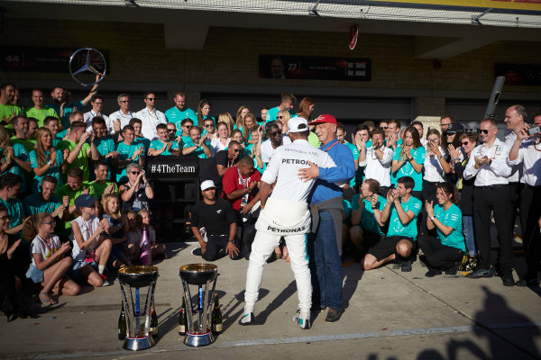 Circuit of the Americas, Austin, Texas, United States of America. Sunday 22 October 2017. Lewis Hamilton, Mercedes AMG, 1st Position, and the Mercedes team celebrate victory in the race and the Constructors Championship. World Copyright: Steve Etherington/LAT Images  ref: Digital Image SNE19863