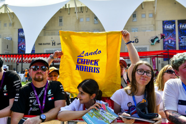 Former Chuck Norris fans who have switched allegiance to Lando Norris, McLaren, make their feelings known.