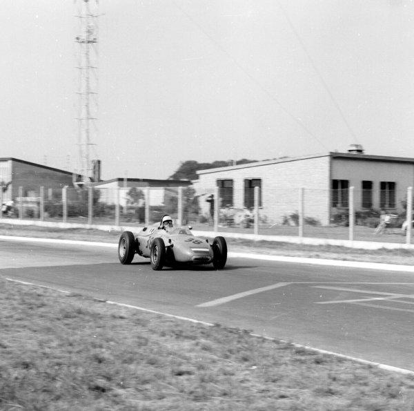 1962 French Grand Prix.Rouen-les-Essarts, France.6-8 July 1962.Count Carel Godin de Beaufort (Porsche 718) 6th position.Ref-14532.World Copyright - LAT Photographic