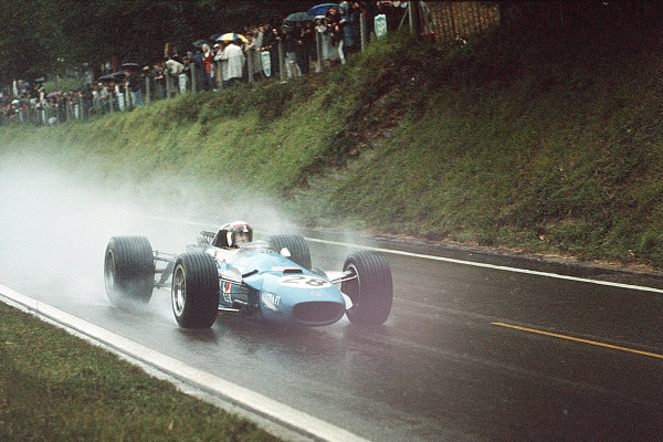 Rouen-les-Essarts, France.5-7 July 1968.Jackie Stewart (Matra MS10 Ford) 3rd position.Ref-35mm 68 FRA 13.World Copyright - LAT Photographic