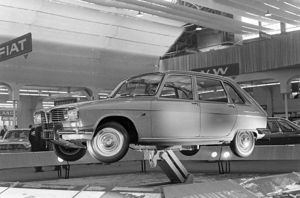 Renault 16 (model launch)