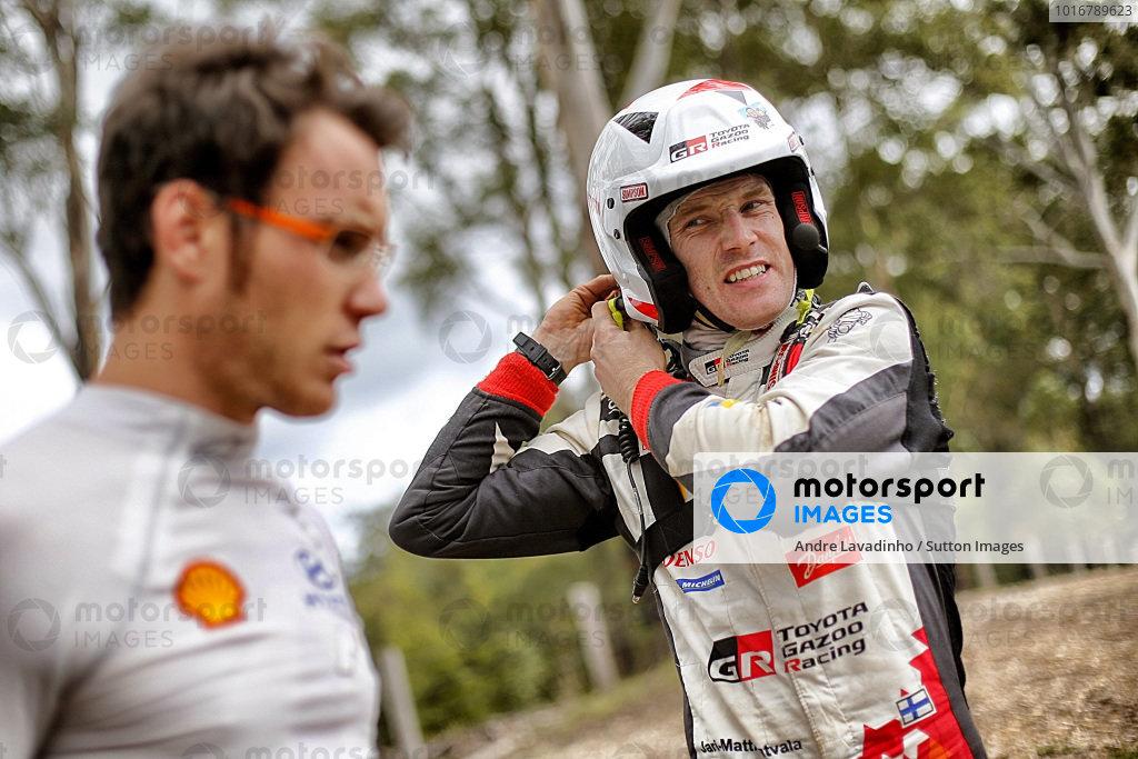 Thierry Neuville (BEL), Hyundai Motorsport WRC and Jari-Matti Latvala (FIN) / Miikka Anttila (FIN), Toyota Gazoo Racing Toyota Yaris WRC at World Rally Championship, Rd13, Rally Australia, Day Two, Coffs Harbour, New South Wales, Australia, 18 November 2017.