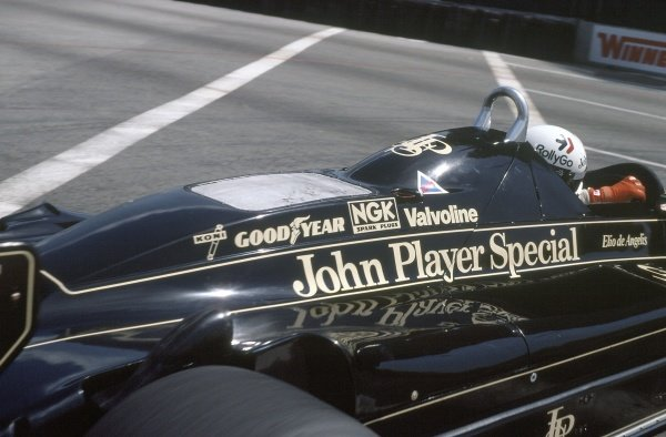 1982 United States Grand Prix West.Long Beach, California, USA. 2-4 April 1982.Elio de Angelis (Lotus 91-Ford Cosworth), 5th position.World Copyright: LAT PhotographicRef: 35mm transparency 82LB29