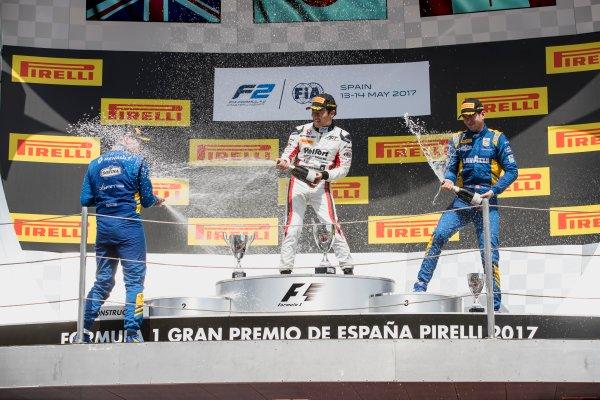 2017 FIA Formula 2 Round 2. Circuit de Catalunya, Barcelona, Spain. Sunday 14 May 2017. Oliver Rowland (GBR, DAMS), Nobuharu Matsushita (JPN, ART Grand Prix), Nicholas Latifi (CAN, DAMS)  Photo: Zak Mauger/FIA Formula 2. ref: Digital Image _56I0260