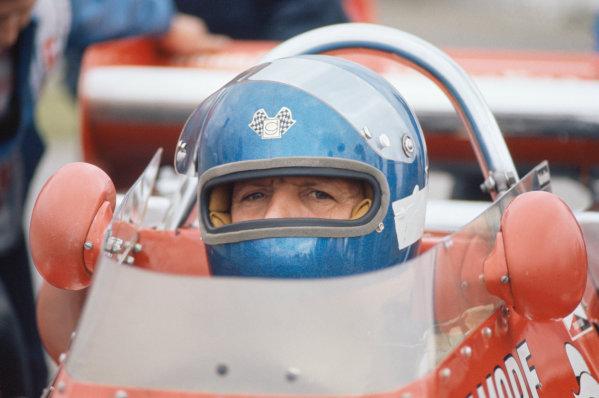 1974 USAC Indycar Series.Michigan, MI, USA. 15th September 1974.AJ Foyt (Coyote-Ford/Foyt), 24th position/Piston.World Copyright: Murenbeeld/LAT Photographic