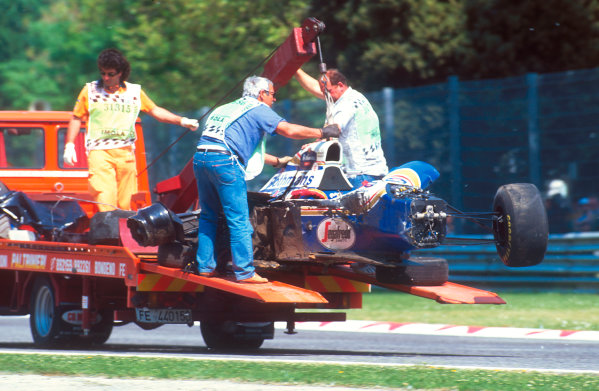 Imola, Italy.29/4-1/5 1994.Ayrton Senna's wrecked Williams FW16 Renault chassis is transported away. Ref-94 SM 34.World Copyright - LAT Photographic