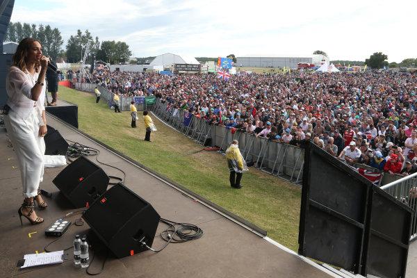 Silverstone Circuit, Northamptonshire, England. Sunday 5th July 2015 Alesha Dixon World Copyright: Jakob Ebrey/LAT Photographic